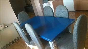 Komplet sto i stolice