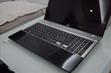 Acer V3 i5-3210M 2.5 GHz , 8GB, 500GB