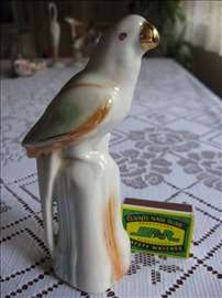 Porcelanska figura papagaj