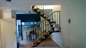 Jednoosovinske stepenice