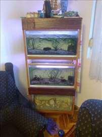 Prodajem konstrukciju za tri akvarijuma od 70l
