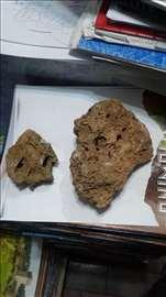 Prodajem sunđerasto šupljikavi kamen