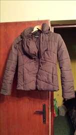Kratka braon jakna