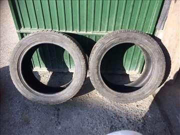 "Na prodaju 2 gume Michelin 18"""