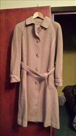 Ženski vuneni kaput