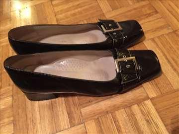 Crne kožne kvalitetne cipele br. 38