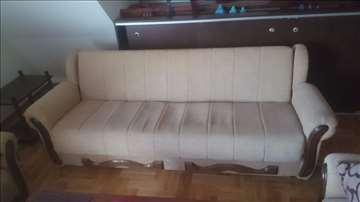 Trosed na razvlačenje + 2 fotelje