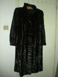 Kvalitetna nova bunda od nerca, crne boje