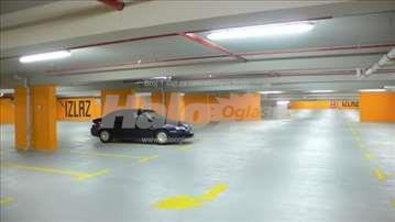 Izdajem podzemnu garazu u Nisu, Dusanova ulica!!!