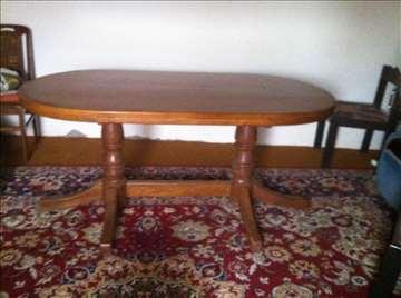 Kuhinjski drveni sto