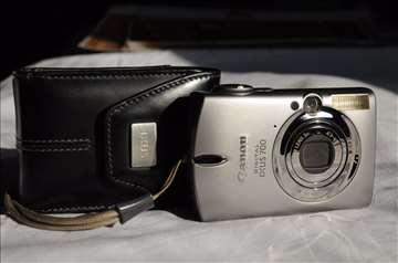 "Digitalni foto "" Canon Ixus 700 "", made in Japan"