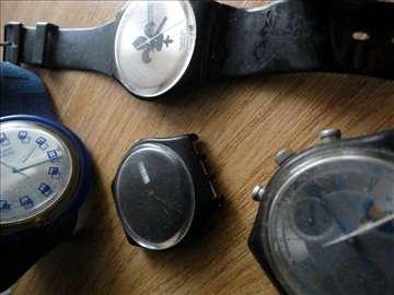 """Swatch plastični satovi, """"šarena"""" ponuda"""