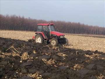 Odličan traktor Foton