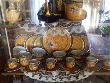 Porcelanski set, srebrni poslužavnik i činija