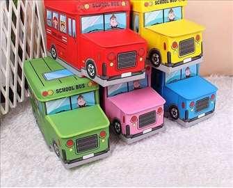 Autobus / dečji tabure sa korpom za odlaganje