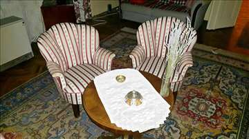 Bidermajer sofa i dve fotelje
