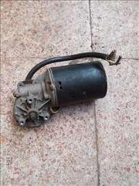 Motor brisaca za Golfa 2