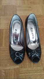 Elegantne crne cipele, br. 37