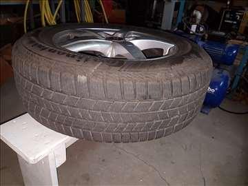 Komplet tockovi sa zimskim gumama za Audi Q3