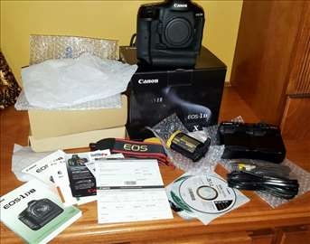 Brand New Canon 5D EOS Mark III with Lens