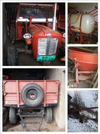 Na prodaju traktor i mašine