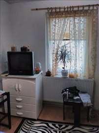 Na prodaju garsonjera u novijoj zrgadi, Beograd