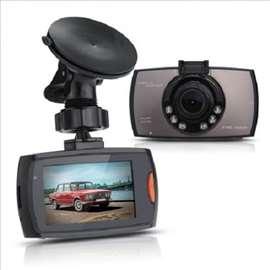 Full HD auto kamera - NOVO