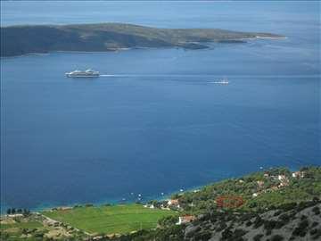 Prodajem plac na obali mora, na ostrvu Hvar