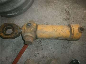 Klip za hidrauličnu presu