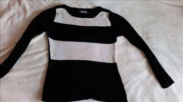 Lepa bluzica M veličine