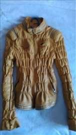 Prolećna jaknica S veličine