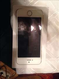 I phone5s  32 GB Gold