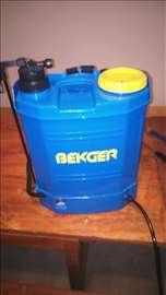 Prskalica za voće i povrće na bateriju 12v
