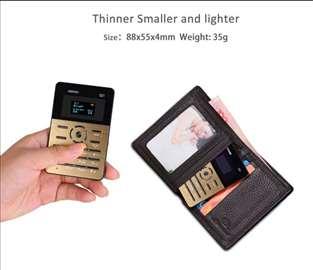 Luksuzni telefon velicine kreditne kartice AEKU Q1