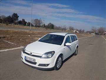 Opel Astra 1.7 CDTI - POOVOLJNO