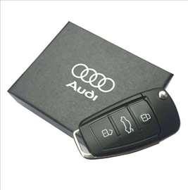 USB flash memorija u obliku AUDI auto ključa