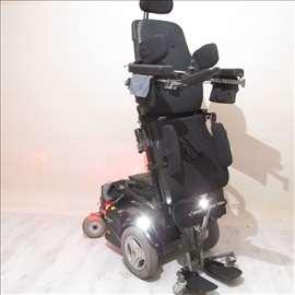 Invalidska kolica sa vertikalizacijom
