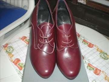 Zenska kozna cipela iz Italije