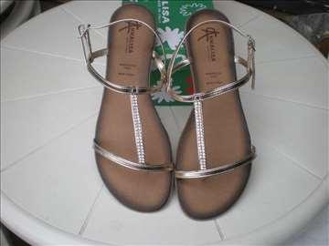 Zenske sandale iz Italije Nove