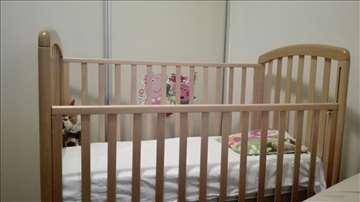 Drveni krevetac sa dve fioke