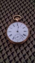 Zlatan švajcarski džepni sat iz 900 godine