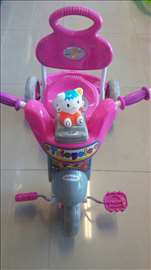 Tricikl za decu roze