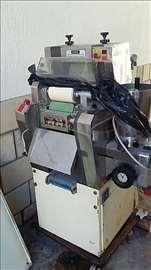 Masina za proizvodnju testenina