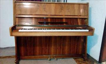 Prodajem pianino Cherny