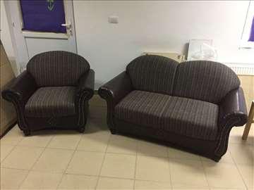 Trosed, dvosed i fotelja u izuzetnom stanju!!!!