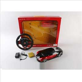 Auto na daljinski upravljač igračka