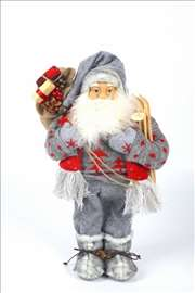 Deda mraz u sivom odelu