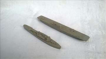 Dva broda 13,5 +10,5 cm,plastika