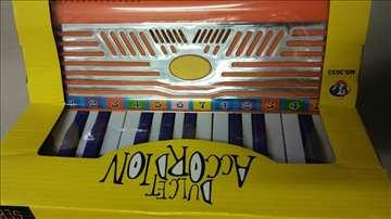 Harmonika igračka za decu