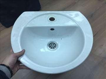 Lavabo za kupatilo ili radnje